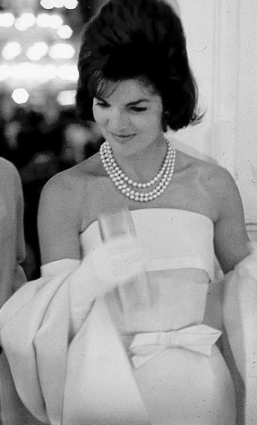 jackie kennedy triple strand pearl necklace