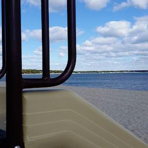 Oct. 25, 12:45 p.m., Nassau Point