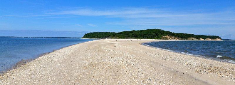 The south sandbar at Robins Island.
