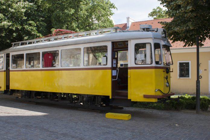 Rumeni tramvaj