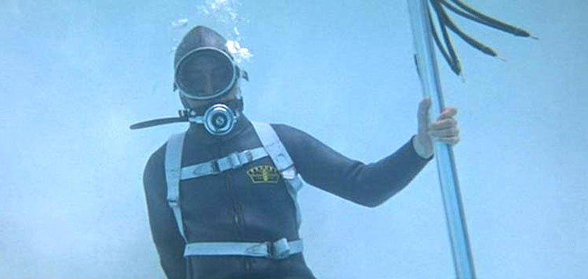 analysts underwater 272
