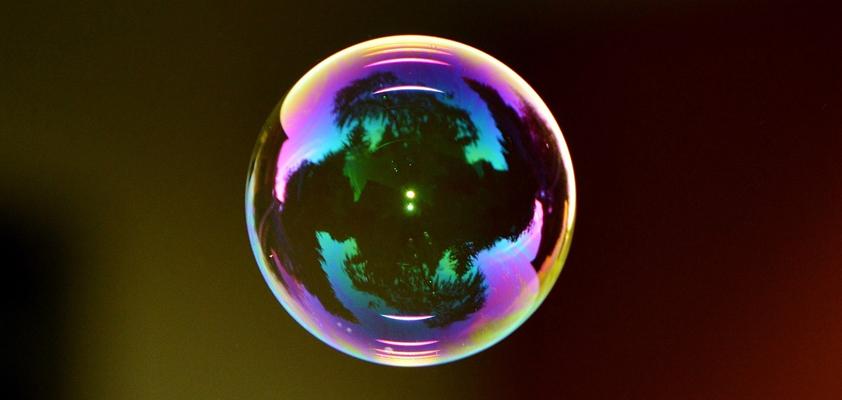 apple tesla bubble arnott