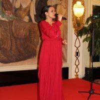 """La cantante Federica Antonilli nella sua straordinaria esibizione canora """"Someday at Christmas"""""""