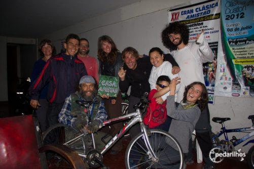 Grande animação dos amigos da Casa de Ciclistas Amistad, em Trujillo, Peru
