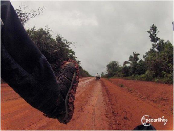 Prontos pra MUITA lama e poeira {Pedalando pela Transamazônica}