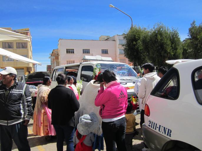 BOLIVIA-Bautizo de auto