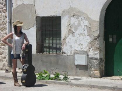 Mónica Y Laura Equiz 9