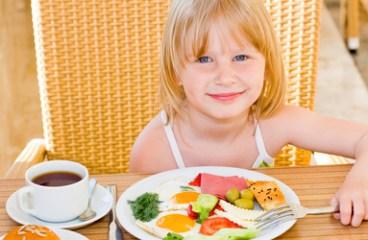 Cum sa mananci cu copiii la restaurant?