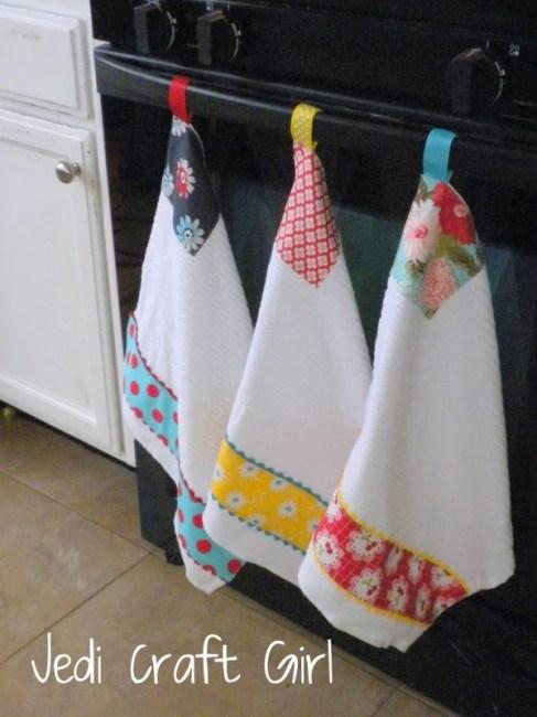 ribbon hanging towel