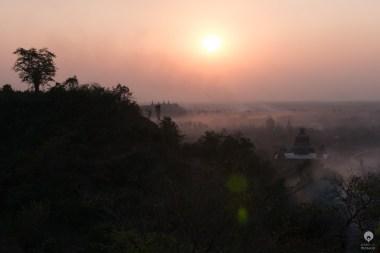 Sunset: take #54 - Mrauk U