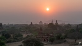 Sunset: take #78 - Bagan
