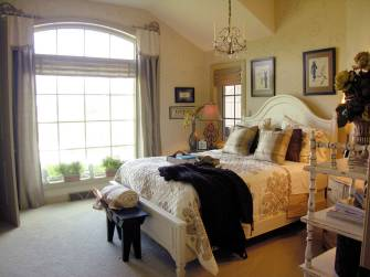 Interior Design Traditional Guest Bedroom
