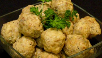 Chicken Sausage Meatballs will make your tongue sing at your next party.