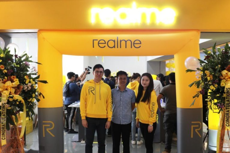 "Realme ""Dare to Leap"" Promos And Events - Mommy Pehpot"