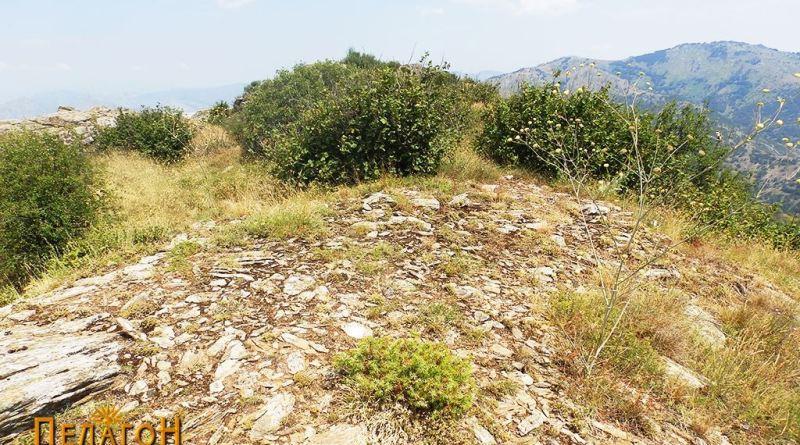 Остатоци од тврдината на северната тумба