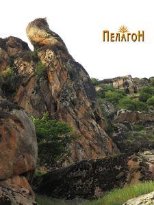 """Предниот дел од главната карпа """"Кукуделица"""" има форма на исправена птица"""