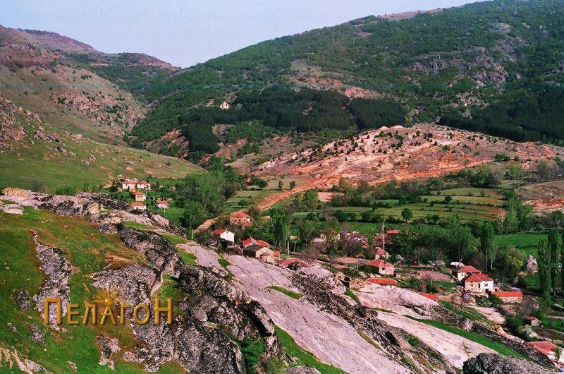 Селото Штавица од запад