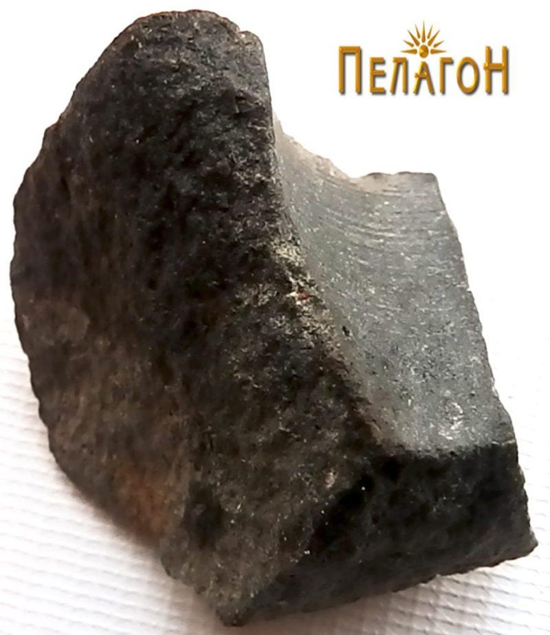Камено орудие - фрагмент 3