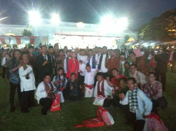 Hadiri Upacara 17 Agustus di Istana Negara, Ketua Umum Posraya Indonesia : Rakyat Bersama Jokowi Hadiri Upacara 17 Agustus di Istana Negara, Ketua Umum Posraya Indonesia : Rakyat Bersama Jokowi