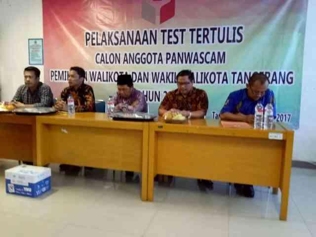 Akademisi, Guru dan Pekerja Sosial Ikut Seleksi Panwascam Kota Tangerang