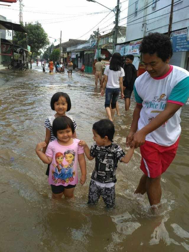Diancam Banjir, Warga Pamulang Anggap Pemkot Tangerang Selatan Tak Tanggap