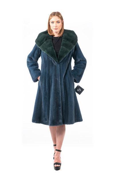Cappotto in Visone blu con cappuccio