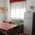 casa-callegari-pellizzano-cucina
