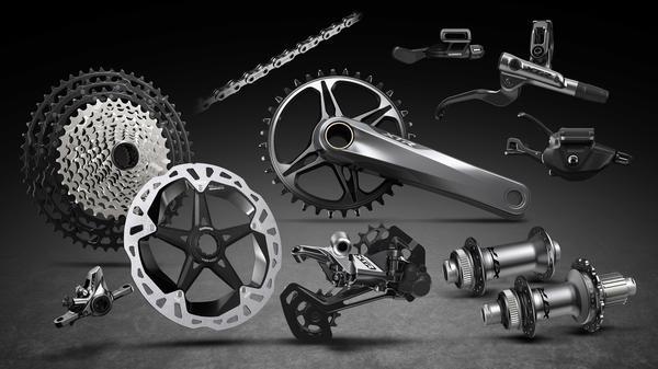 Novo XTR M9100 apresenta o mais versátil grupo de MTB para competidores de XC, Enduro e Maratona