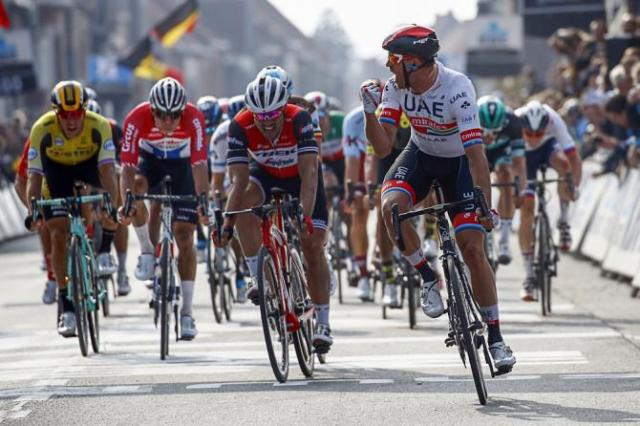 Kristoff vence Clássica Gent Wevelgem onde Sagan esteve por 240km na fuga!
