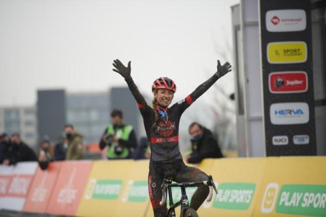 Denise Betsema vence e Lucinda Brand é campeã da Superprestige no Cyclocross