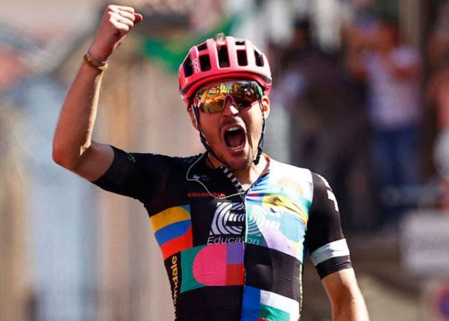 Alberto Bettiol vence solo no Giro