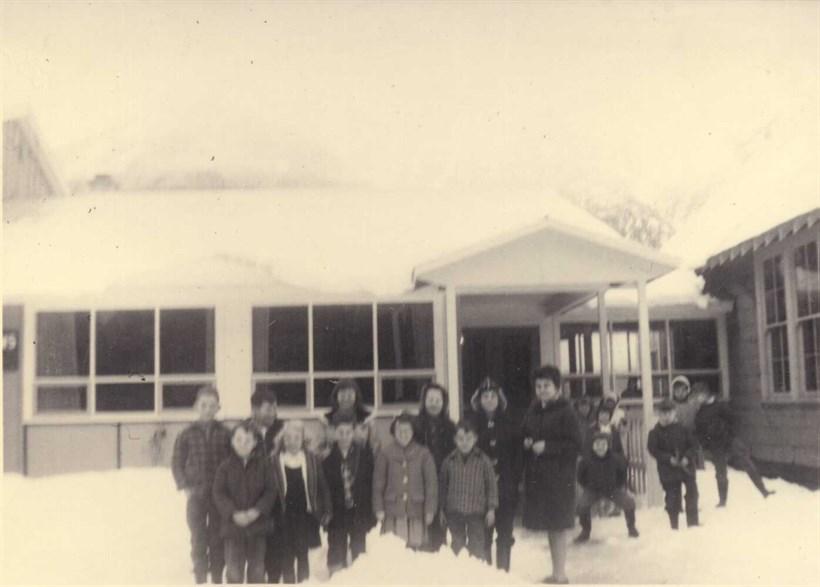 P979 Meadowsschoolgrp