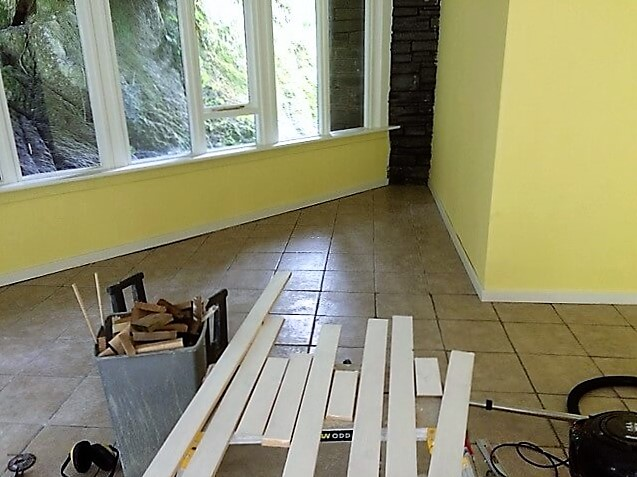 Walls painted, check.  Tiles grouted, check.  Windows glossed, check.  Skirting boards - they belong somewhere else...