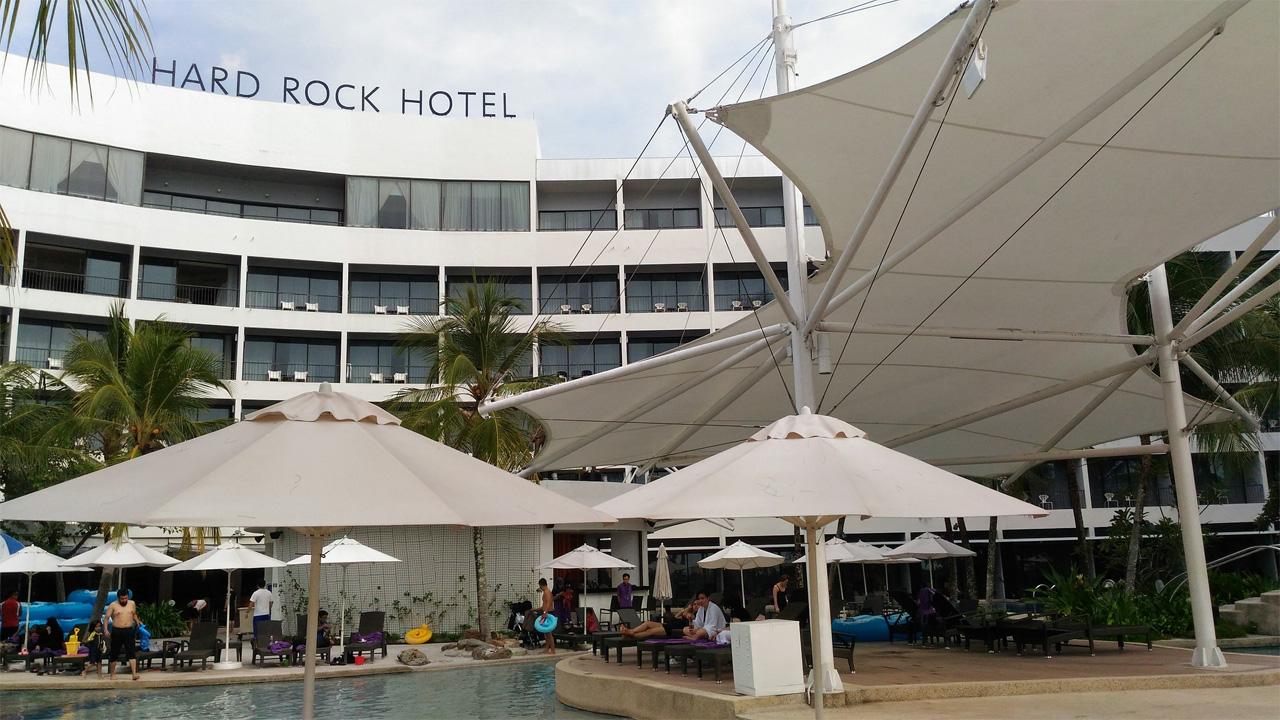 Hard-Rock-Hotel-Penang-Pool-Side