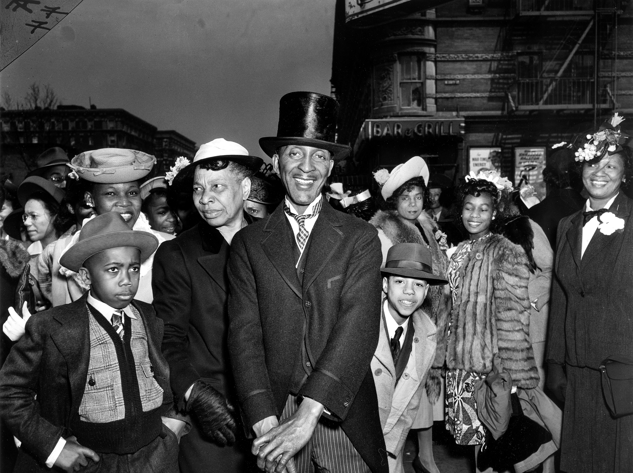 Penccil Weegee The Situation Photographer