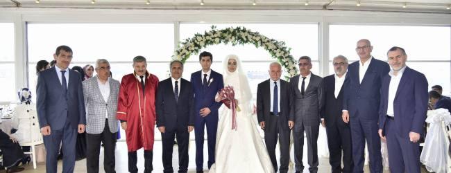 Pendik Kaymakamı İlhan Ünsal Oğlunu Evlendirdi
