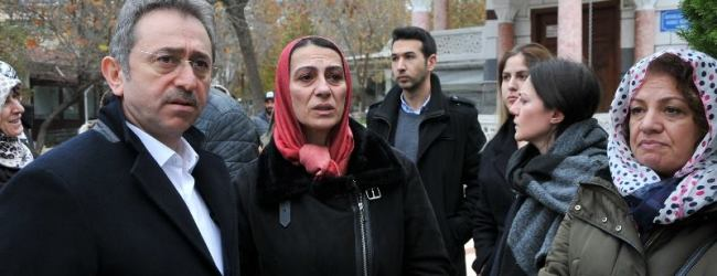 Pendikspor'un Oya Ablası Annesini Kaybetti