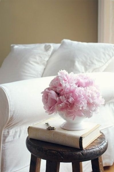 Flowers, especially peonies and roses, lend themselves to the shabby chic style. Anything with a romantic reference works well!