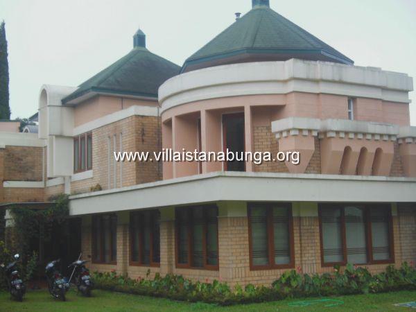 Villa Istana Bunga Villa Castile 5 Kamar