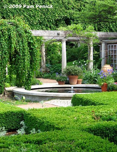 english garden fountains water features Chicago Botanic Garden wows Spring Flingers   Digging