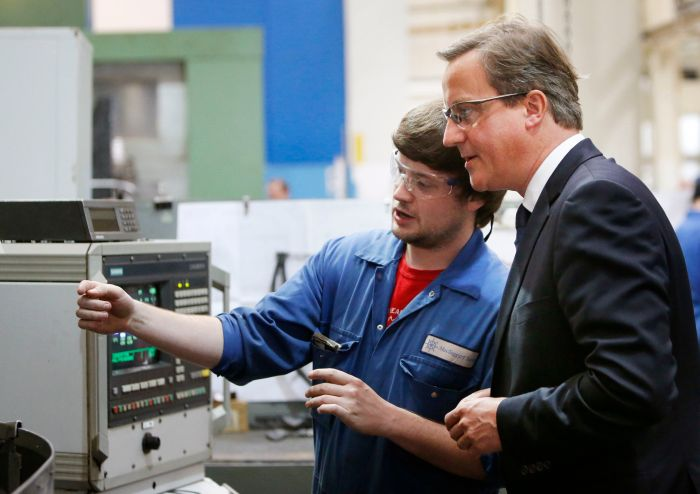 David Cameron visits Loanhead based firm Mactaggart & Scott © PA