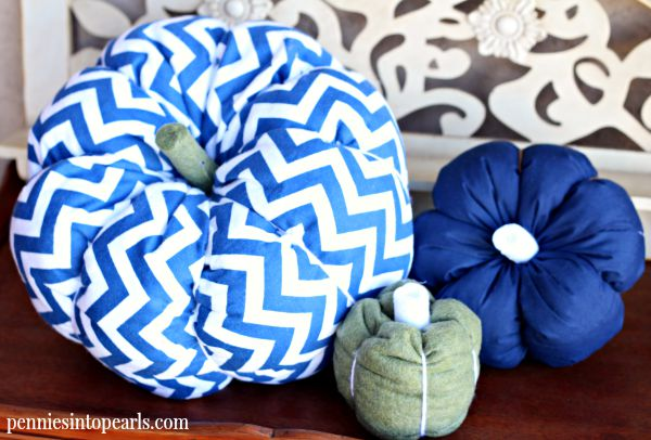 The perfect fall craft or perfect halloween craft. Join me for a monthly LIVE craft party!