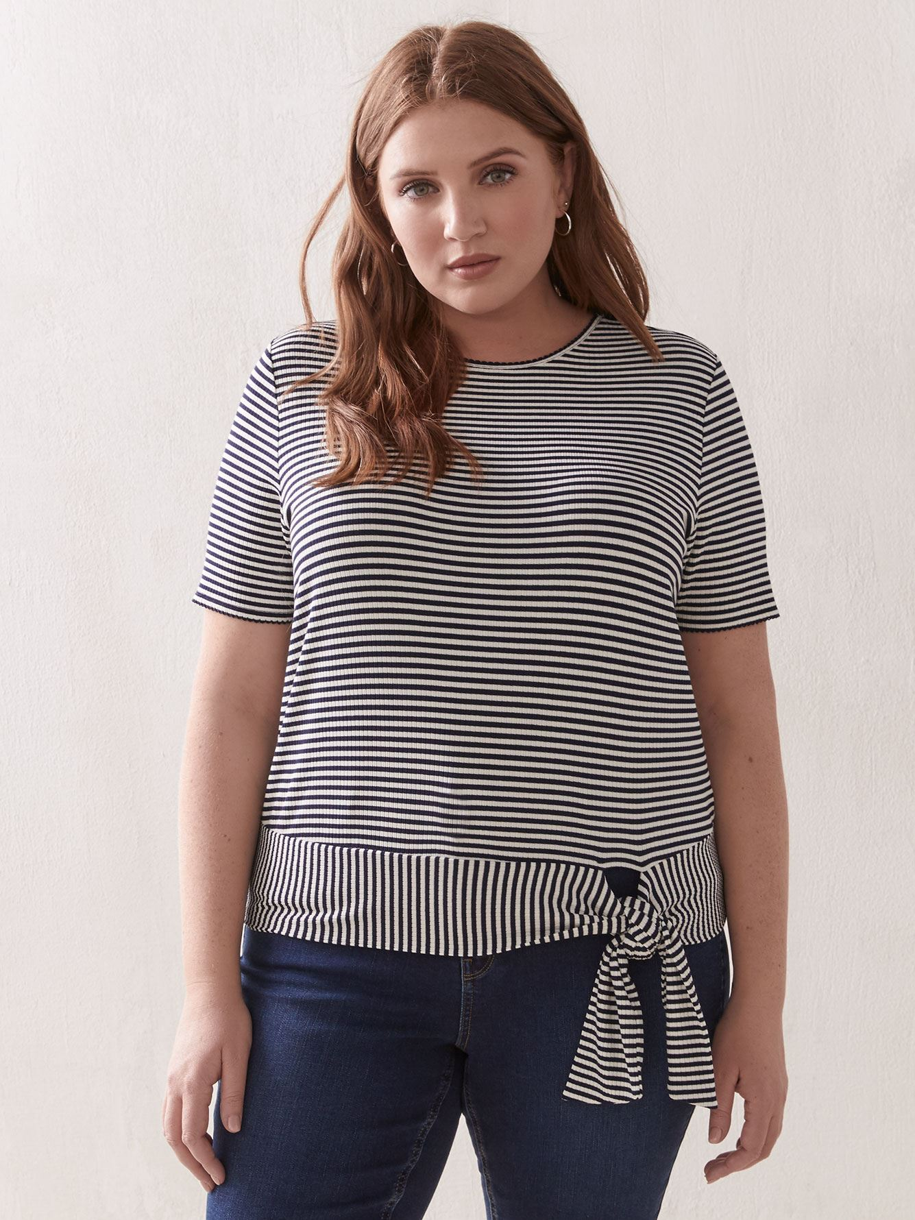 Easy Wear Scallop Knit Crepe Boatneck Plus Size Top 3