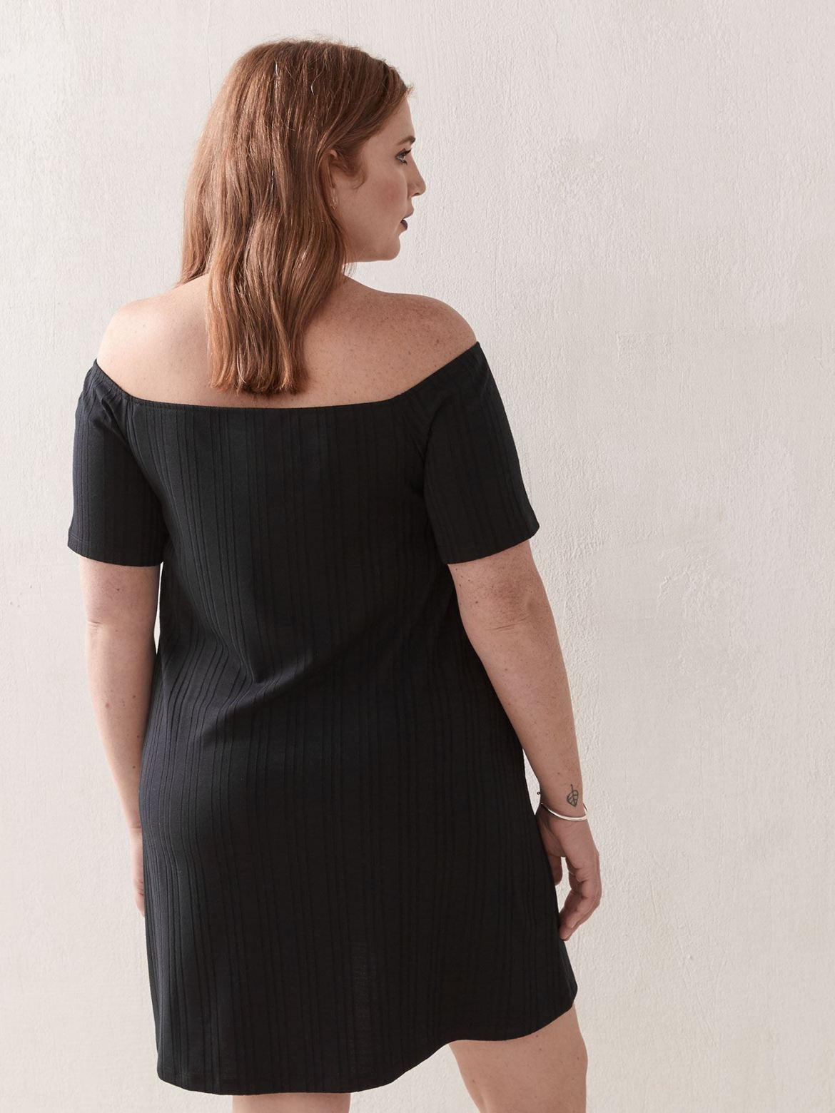 Solid Short Sleeve Off-the-Shoulder Dress - Love & Legend