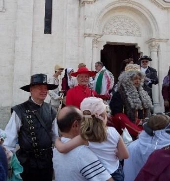 Louis XIII reçu par le cardinal Richelieu devant l'église