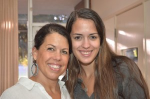 Elizabeth Gaddini with Mom,  Receives Collectors Scholarship