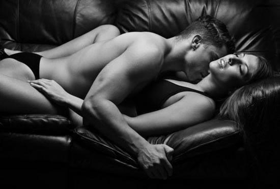 Erotic_sensual_Couples_bw