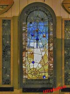 winchesterhouse_window