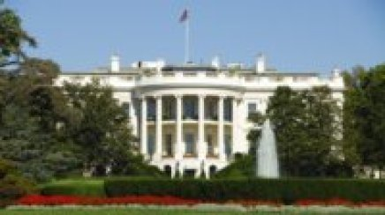 hungry-history-cooking-for-the-commander-in-chief-20th-century-white-house-chefs-istock_000004638435medium-e