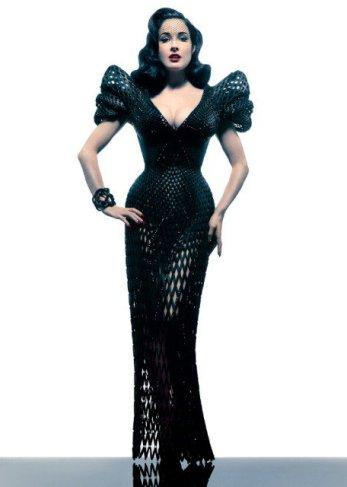 Pronalazači iz Zdravprinta kažu da ih je inspirisala ova haljina izrađena u 3D štampi koju nosi Dita fon Tiz.